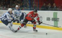 Подробнее: Хоккеисты «Донбасса» не забрасывают на родном льду 120 минут кряду!. Фото Валерия ДУДУША